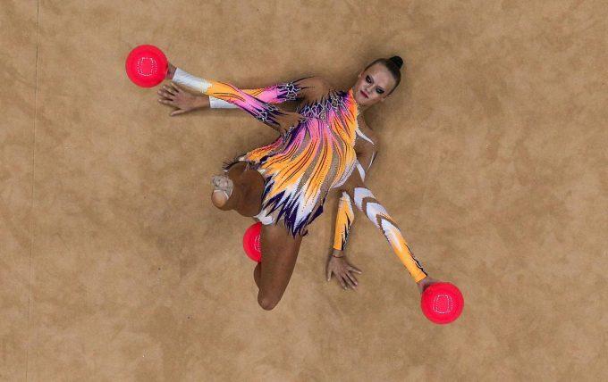 目の錯覚? 2012ロンドンオリンピックに出場したドイツ新体操選手の演技がすごい(笑)