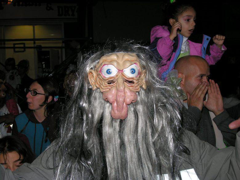 妖怪! ゲームの敵キャラで出てきそうな海外のハロウィン仮装が怖すぎ(笑)