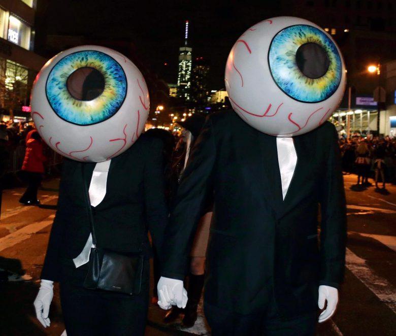 【海外ハロウィンおもしろ仮装画像】ギョロ! ニューヨークのビレッジハロウィンパレード2014で見かけた一つ目仮装たち(笑)