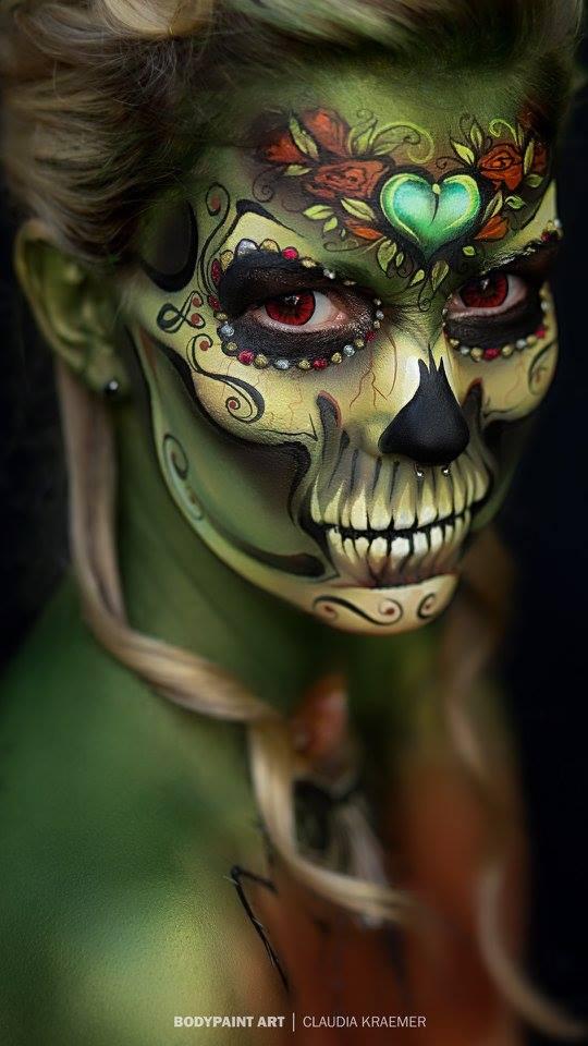 【海外ハロウィンおもしろメイク画像】すごい! ボディペイントアーティストClaudia Kraemerさんのメキシカンスカルメイク(笑)
