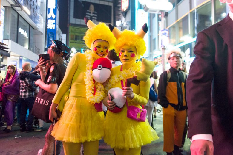 ピカー! 2015ハロウィン渋谷で見かけたピカチュウがおもしろかわいい(笑)