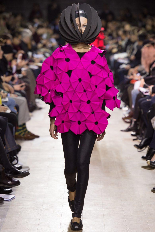 え? ファッションショー『Junya Watanabe2016秋コレクション』が常人には理解できない(笑)