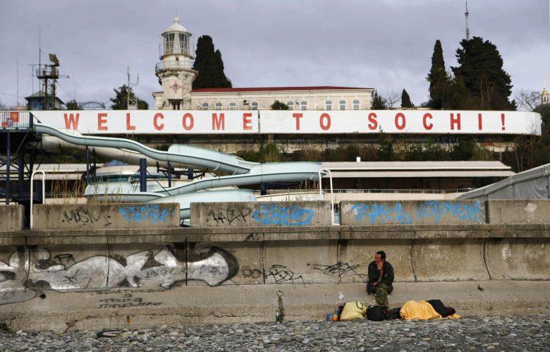 ひどい! こんな場所でよく開催できたなと思う2014ソチ五輪開催前のオリンピック会場(笑)