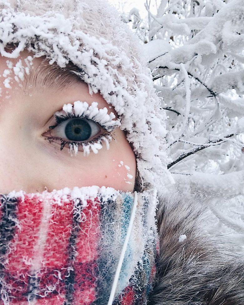 雪まつ毛! ロシア極寒の地ヤクーツクで自撮りした女性のまつ毛がすごい(笑)