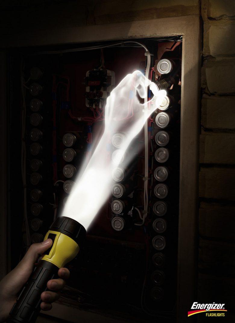 【広告おもしろ画像】世界的ライトブランド「Energizer」のおもしろい広告(笑)
