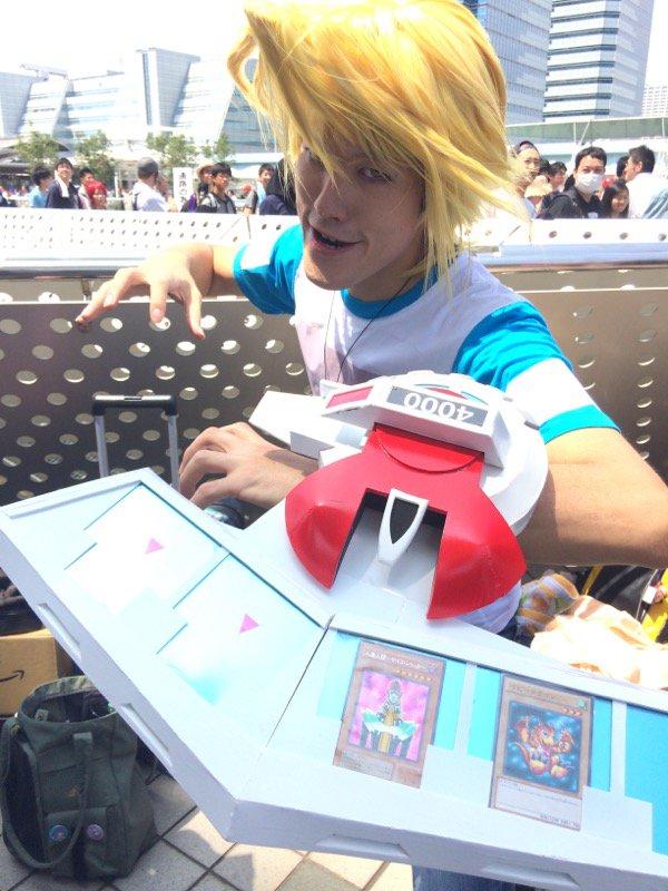 【コミケおもしろコスプレ画像】2016夏コミにいた遊戯王の城之内コスプレがおもしろい(笑)