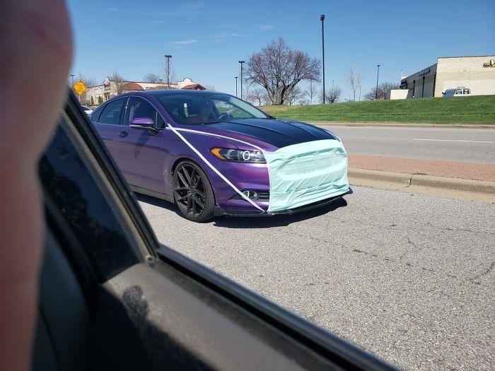 【コロナ感染予防マスクおもしろ画像】新型コロナ流行中、ついに自動車までマスク(笑)