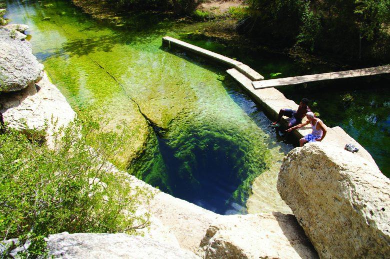 【夏とヤコブの井戸おもしろ画像】ゾワッとする水中洞窟「ヤコブの井戸」の光景(笑)