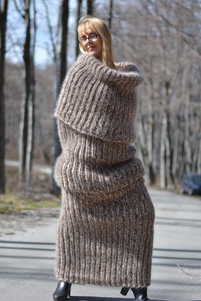 【ファッションおもしろ画像】寒がりにピッタリな全身マフラー(笑)