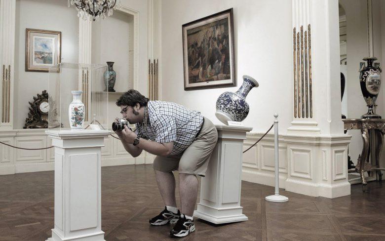 美術館で展示物を撮影しようとしたその瞬間(笑)