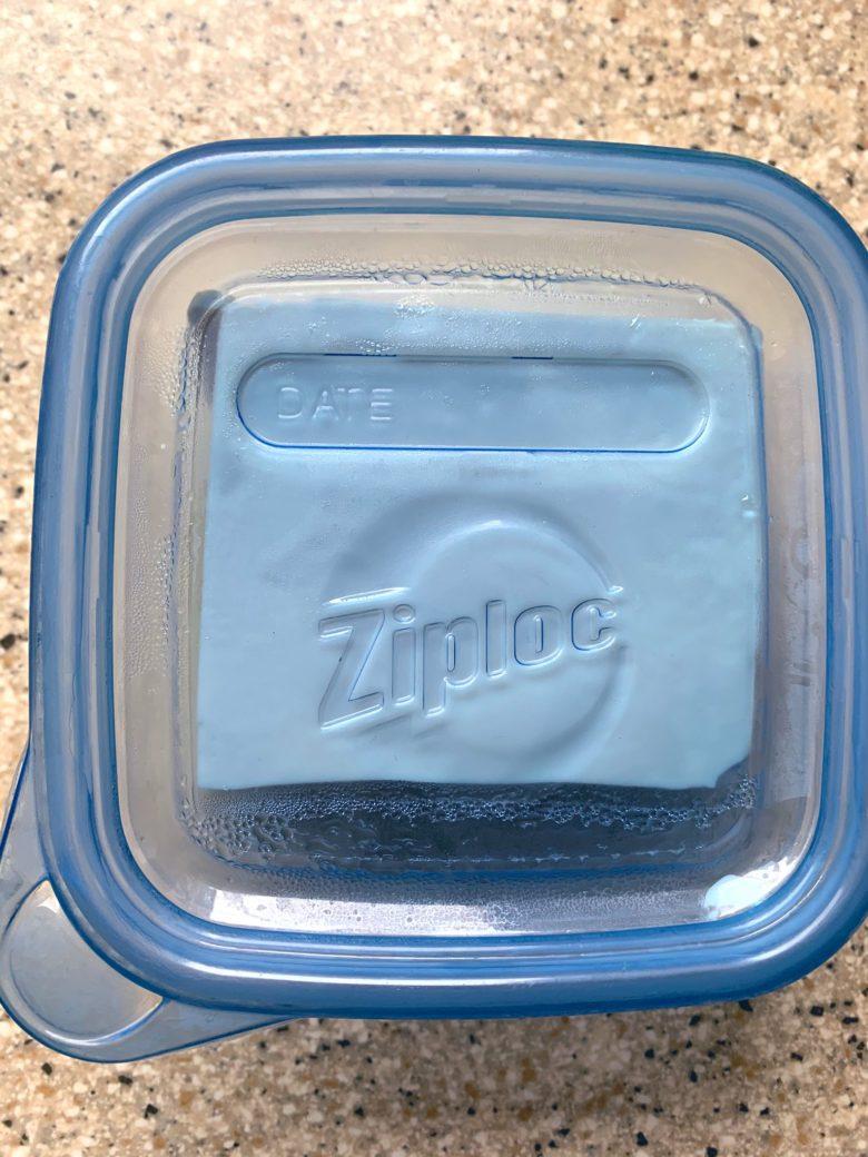 【冷ややっこおもしろ画像】ジップロックの容器で作った冷ややっこがかっこいい(笑)
