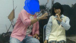 無理無理! NMB48中学生メンバー明石奈津子、オタクが気持ち悪くて写メ会対応で距離を取る(笑)