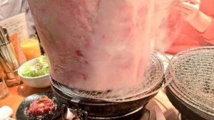 氷が溶けてる? 錦糸町にある焼き肉屋「とんつう」の料理が肉の暴力(笑)